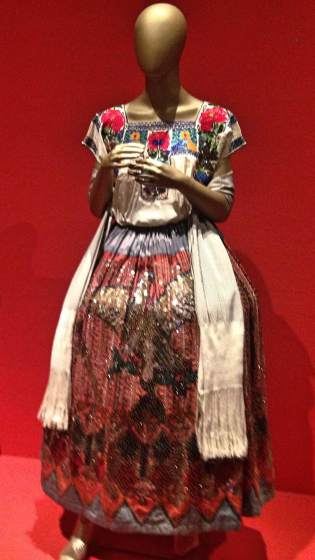 mexico-fashion-history-6