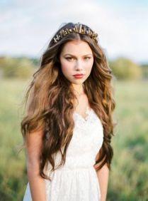 32bc44cb05e01703743525f4c8d9a6fd--quartz-crystal-wedding-bride