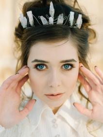 frosted-goddess-crown-crystal-crown-quartz-crown-goddess-bride-bride-crown-coachella-crown-music-festival-crown-crystal-tiara
