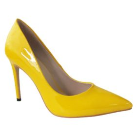 Mismatched-shoes-trend-high heels-Gabriel Maxx-Yellow