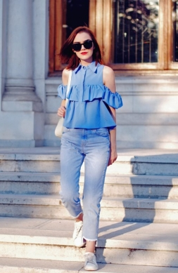 baby-blue-off-shoulder-top-sunglasses-mom-jeans-white-sneakers-pastel-backpack-cute-summer-back-to-school-outfit-andreea-birsan-16-686x1024