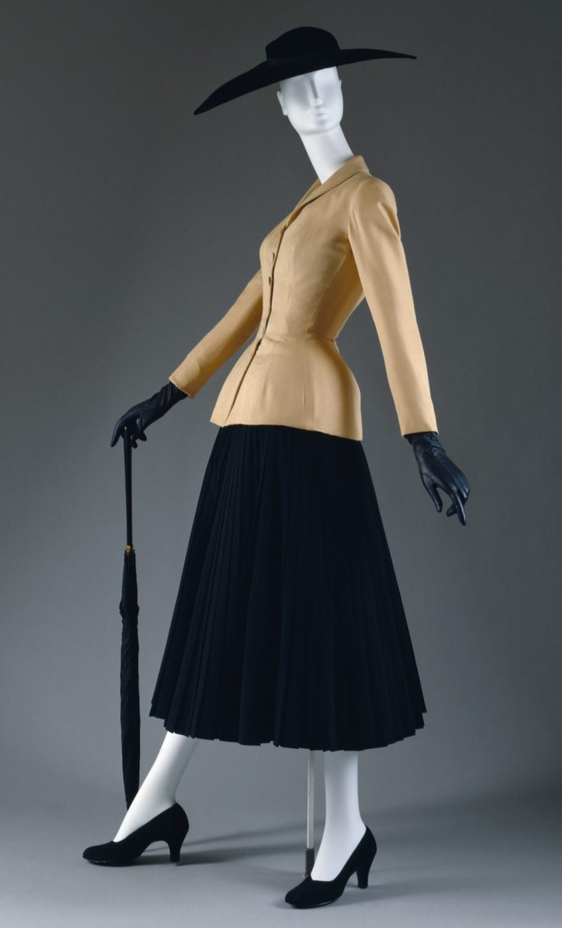 The Bar Suit - Dior