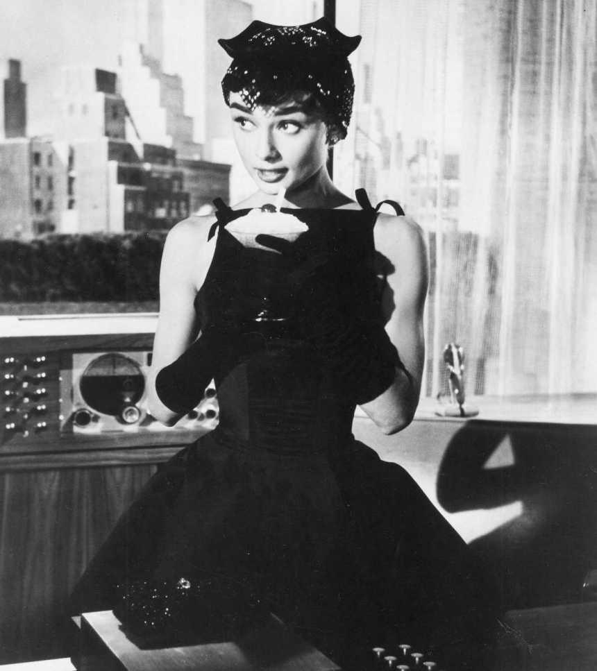 audrey-hepburn-style-sabrina-little-black-dress-lbd
