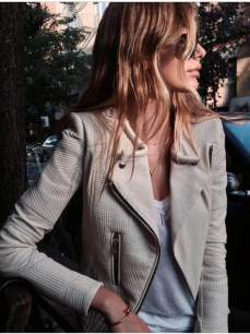 how-to-wear-a-doma-leather-jacket10